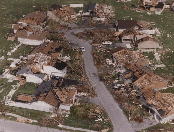 Les ravages de l'ouragan Andrew 1993 - ©Miami Herald