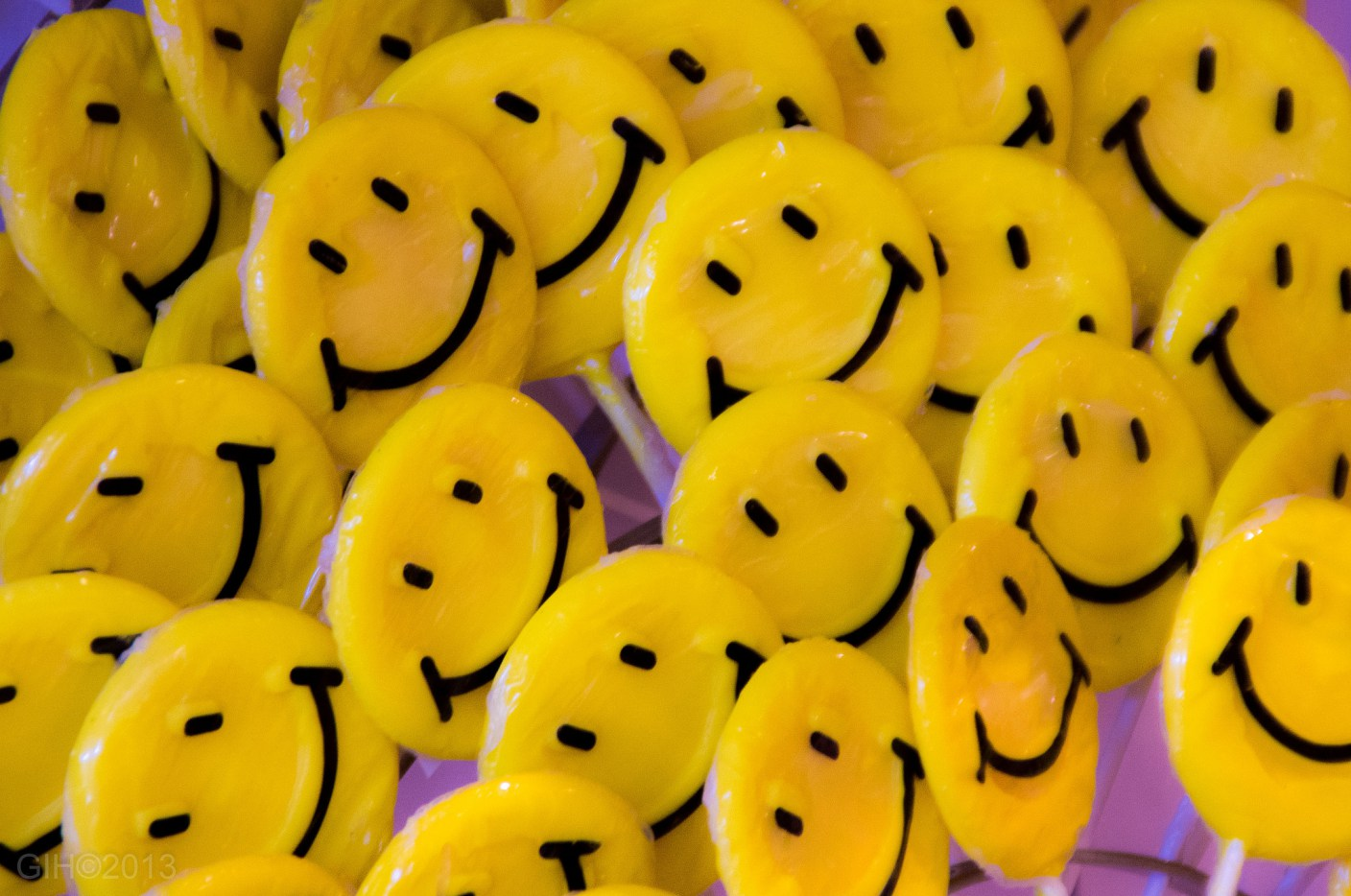 smileys, emojis, emoticons : l'addiction ?